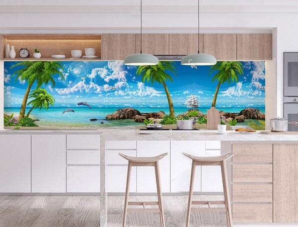 Mẫu gạch tranh biển xanh ốp tường bếp tạo nên sự tươi mát