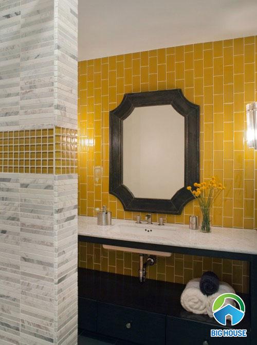 gạch thẻ màu vàng ốp tường